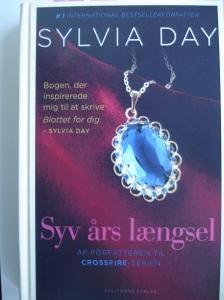 Syv års længsel af Sylvia Day - den bog er god! Den blev først lukket da den var færdig...gid den havde været længere!